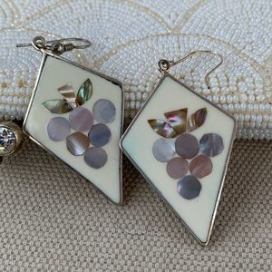 Alpaca Mexico grape bunch abalone inlay earrings